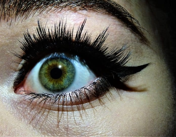 Perfect eyeliner how to