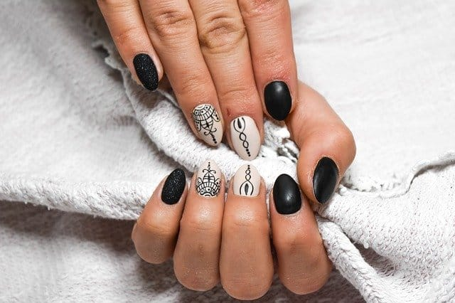 pretty nails how to protect