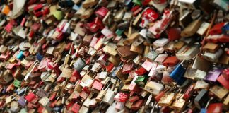 where are your love locks
