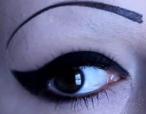 Gothic-makeup-eyeshadows